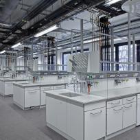 Laboreinrichtung Laborarbeitsplätze