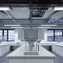 Laboreinrichtung Laborzeile Laborspüle Doppelarbeitsplatz